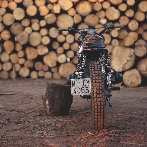 Новый проект испанской мастерской El Solitario —мотоцикл BMW R45. Изображение №5.