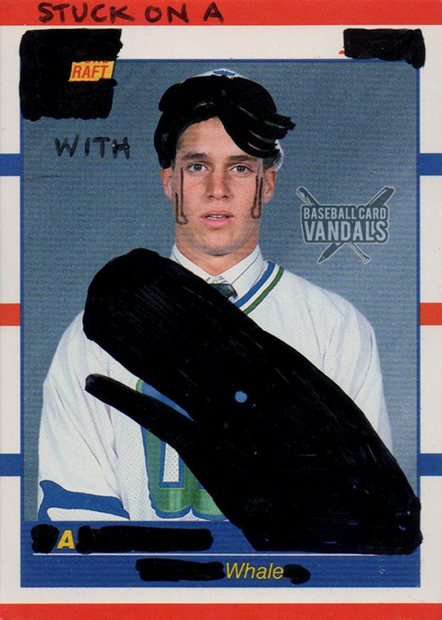 Baseball Card Vandals: Художники иронизируют над спортивными коллекционными карточками. Изображение № 16.