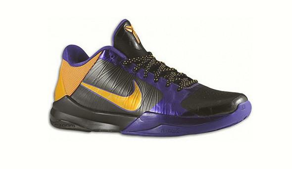 Поставить на ноги: 25 именных баскетбольных кроссовок. Изображение № 9.