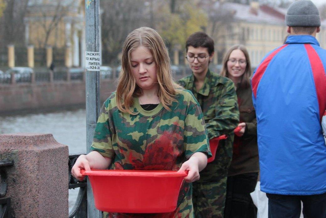 В Петербурге прошла акция «Милитаризированный уик-энд». Изображение № 1.