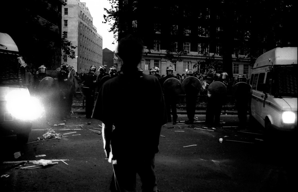 C рейва на митинг: Фотохроника британских free parties и попыток отстоять их перед властями. Изображение № 21.