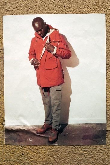 Американский ритейлер Вodega опубликовал лукбук осенней коллекции одежды. Изображение № 11.