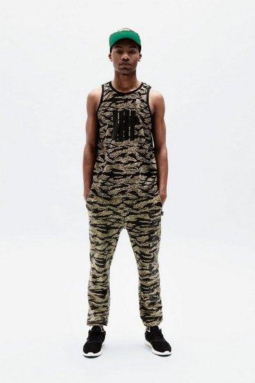 Марка Undefeated опубликовала лукбук весенней коллекции одежды. Изображение № 1.