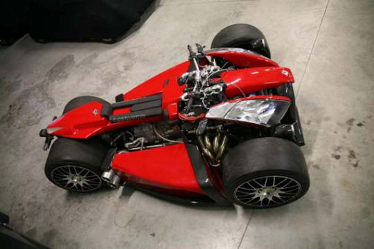 Квадроцикл с мотором Ferrari компании Ludovic Lazareth. Изображение № 1.