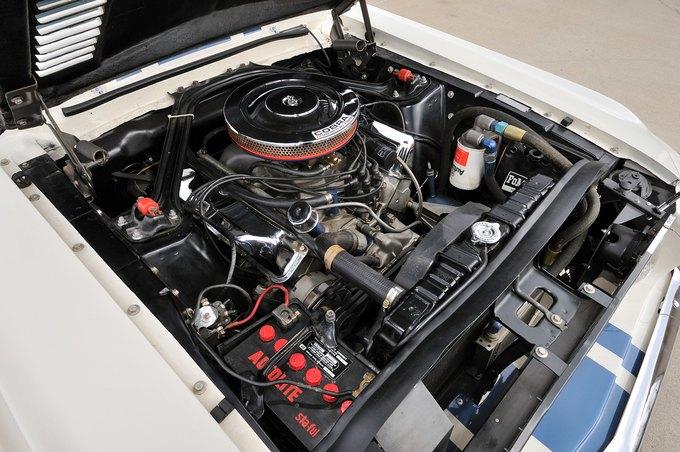 В США на аукционе продали самый дорогой Ford Mustang. Изображение № 25.