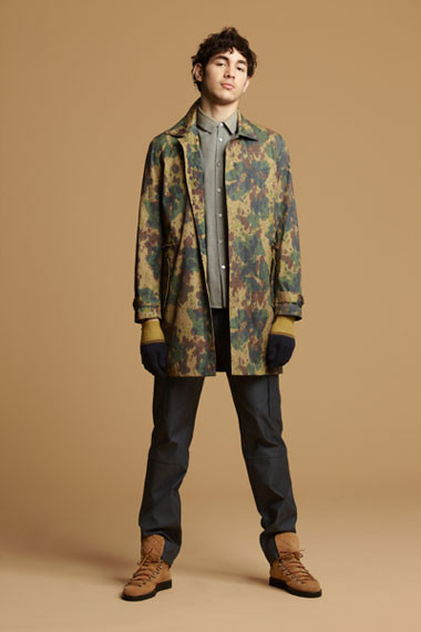Марка Opening Ceremony выпустила лукбук осенней коллекции одежды. Изображение № 2.