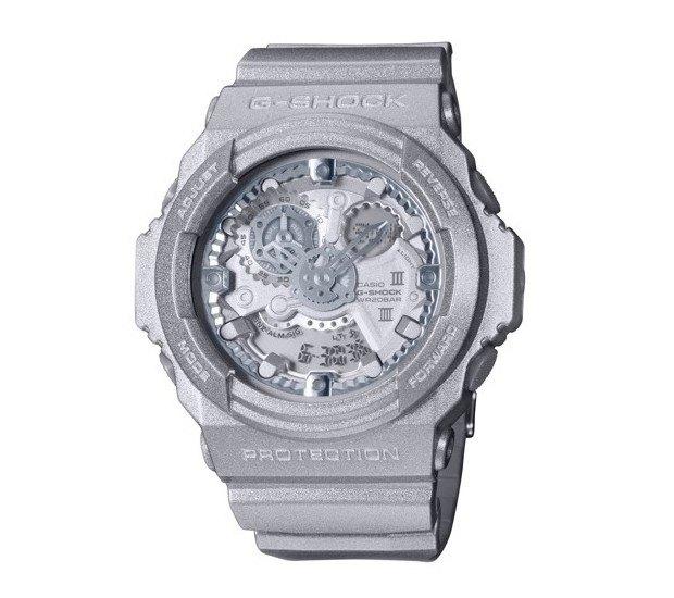G-Shock и марка Maison Martin Margiela выпустили совместную модель часов. Изображение № 2.