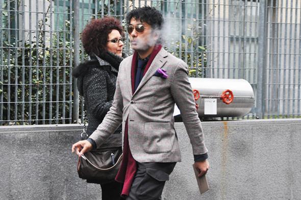 Изображение 43. Шарфы, клатчи, клетчатые пиджаки и подвернутые джинсы.. Изображение № 31.