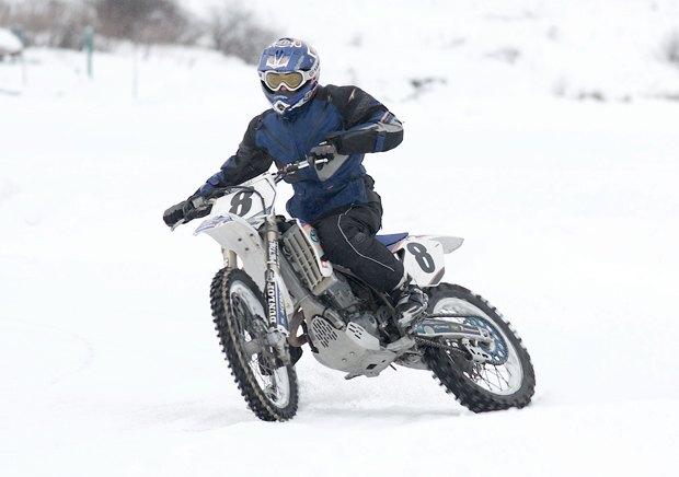 Зимняя резина: Краткий гид по мотокроссу на льду . Изображение № 2.