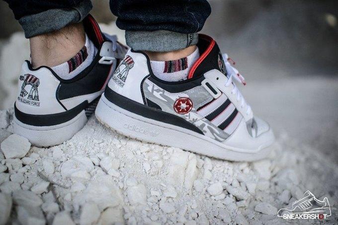 Sneakershot: Интервью с основателями сообщества коллекционеров кроссовок. Изображение № 1.