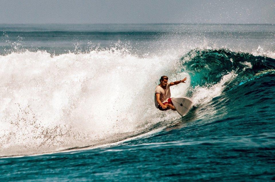 Russia Goes Surfing: Репортаж из серферского лагеря на Мальдивах. Изображение № 11.