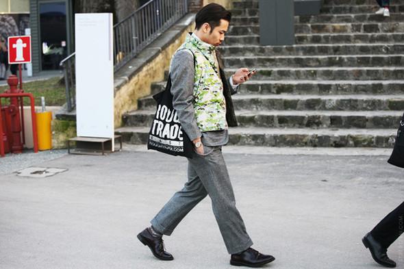 Итоги Pitti Uomo: 10 трендов будущей весны, репортажи и новые коллекции на выставке мужской одежды. Изображение № 59.