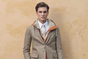 Марка Gant Rugger выпустила лукбук новой коллекции одежды своей линейки Holiday. Изображение № 10.