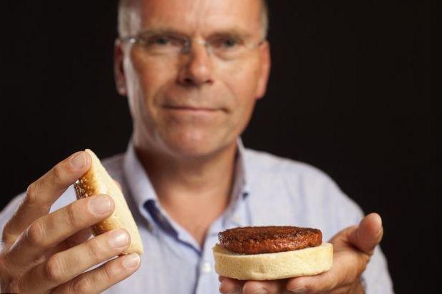 В Лондоне съели первый в мире гамбургер из синтетического мяса. Изображение № 1.