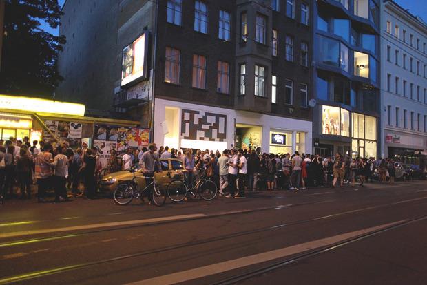 Детали: Фоторепортаж с выставок Bread & Butter, Capsule и открытия магазина Stussy в Берлине. Изображение № 69.