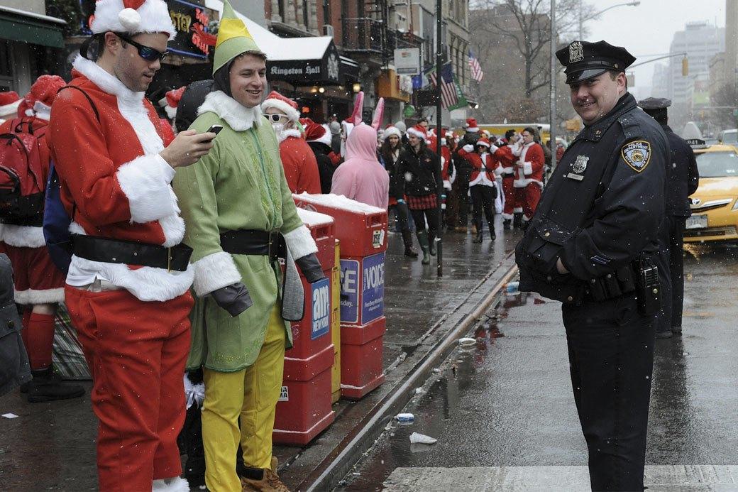 Плохие Санты: Фотохроника самого безумного рождественского флешмоба. Изображение № 7.