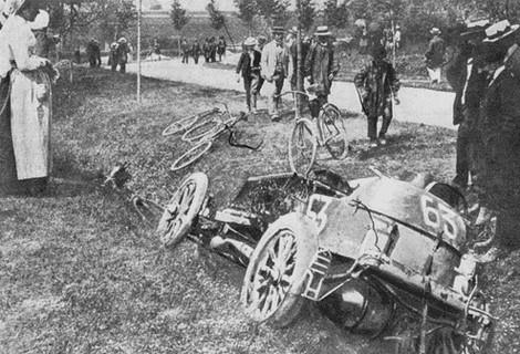 Гран-при: 10 самых страшных аварий на гоночных трассах. Изображение № 5.