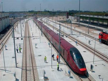 В Италии появятся поезда, разработанные концерном «Феррари». Изображение № 3.