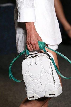 Александр Вэнг представил одежду, вдохновлённую дизайном сникеров. Изображение № 7.