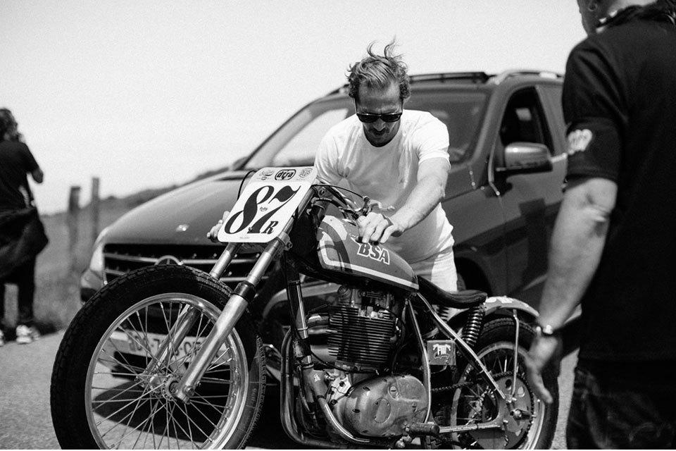 Фоторепортаж с мотоциклетного фестиваля Wheels & Waves. Изображение № 6.