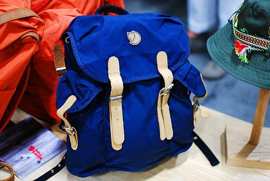 Шведская марка Fjällräven представила новые рюкзаки и сумки. Изображение № 2.