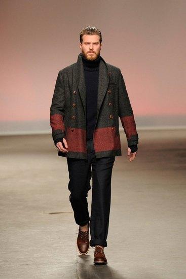 Марка Oliver Spencer представила осеннюю коллекцию одежды. Изображение № 5.