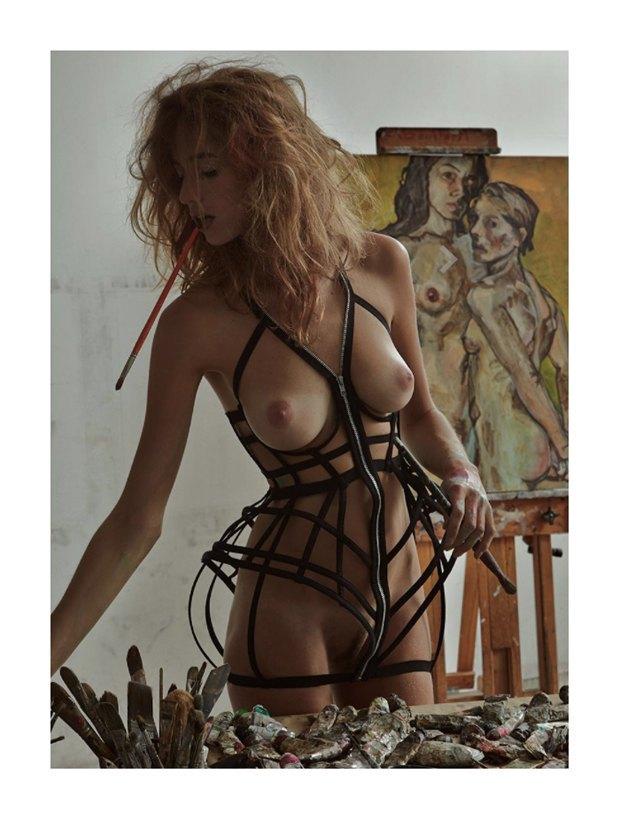 Бельгийская модель Элиза Сис снялась для журнала Treats!. Изображение № 4.