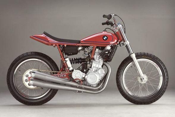 История и особенности мотоциклов для гонок по грязевому овалу —флэт-трекеров. Изображение № 23.