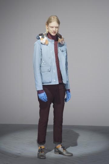 Японская марка Undercover выпустила лукбук осенней коллекции одежды. Изображение № 11.