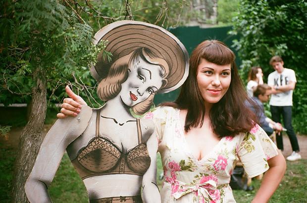 Фоторепортаж с выставки Faces & Laces. Изображение № 10.