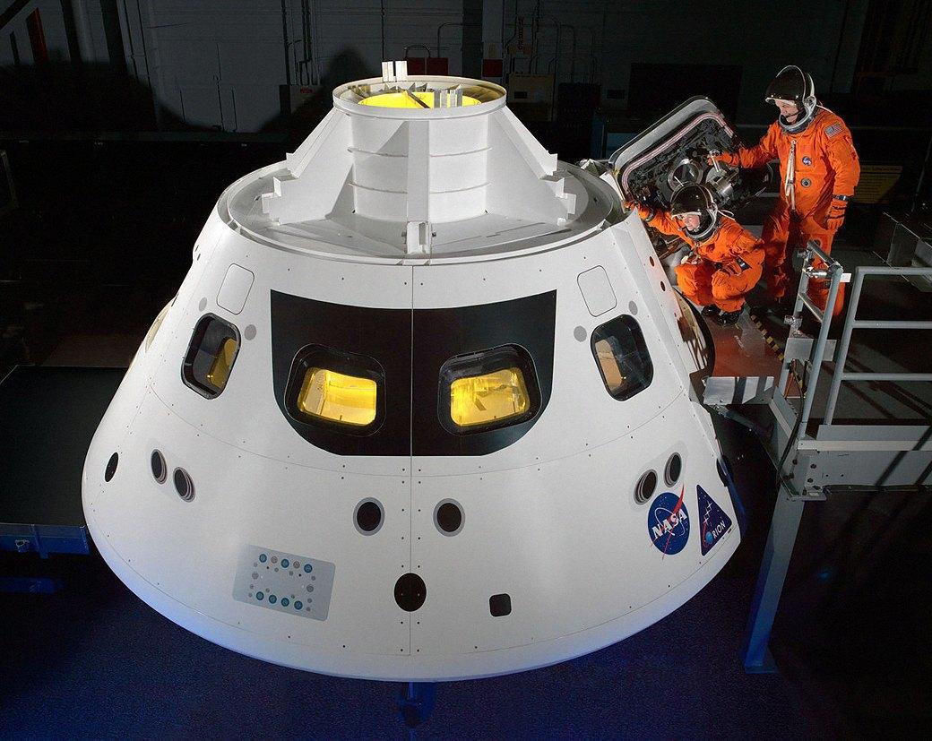 Как будут выглядеть космические скафандры в будущем. Изображение № 7.