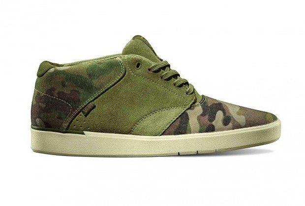 Марка Vans выпустила коллекцию камуфляжной обуви. Изображение № 4.
