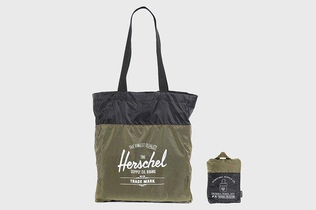 Марка Herschel опубликовала лукбук осенней коллекции рюкзаков. Изображение № 3.