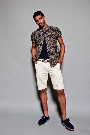 Марка YMC опубликовала лукбук весенней коллекции одежды. Изображение № 8.