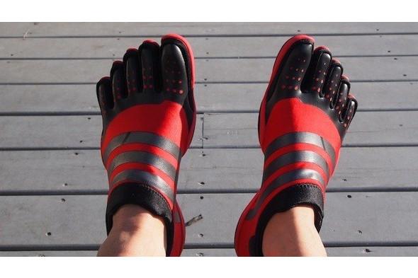 10 самых спорных моделей кроссовок 2011 года. Изображение № 21.