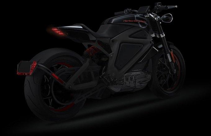 Harley-Davidson выпустит свой первый серийный мотоцикл с электродвигателем. Изображение № 4.