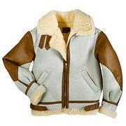 На высоте: История и особенности легендарной пилотской куртки на меху — B-3. Изображение № 22.