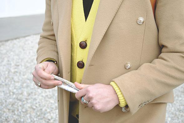 Детали: Репортаж с выставки мужской одежды Pitti Uomo. День третий. Изображение № 23.