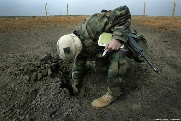 Военное положение: Одежда и аксессуары солдат в Ираке. Изображение № 33.