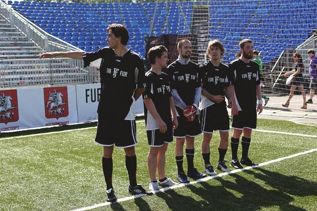 Детали: Репортаж с футбольного турнира магазина FOTT. Изображение № 9.