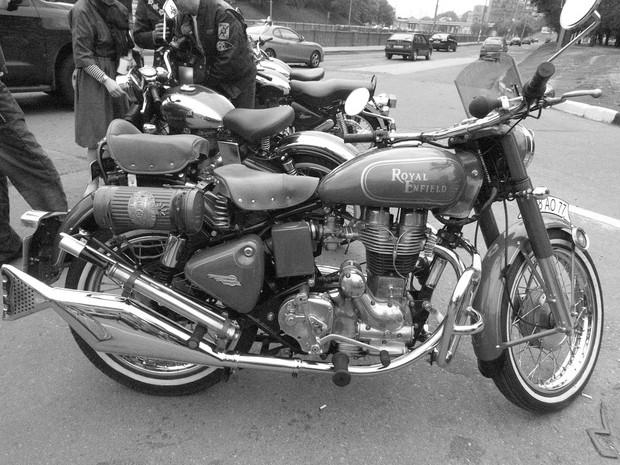 В Москве официально открылся салон мотоциклов Royal Enfield. Изображение № 10.