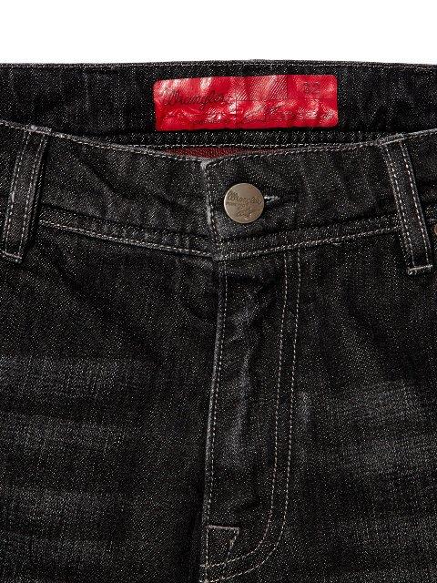 Марки Wrangler и Alpinestars выпустили совместную коллекцию одежды. Изображение № 16.