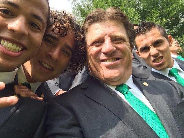 Почему мимика мексиканского тренера Мигеля Эрреры должна стать символом чемпионата мира по футболу. Изображение № 17.