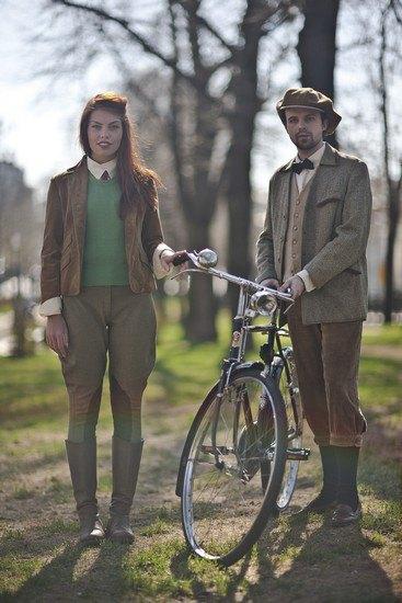 Организаторы велозаезда Tweed Ride Moscow опубликовали тематический лукбук. Изображение № 1.