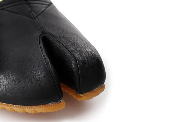 10 самых спорных моделей кроссовок 2011 года. Изображение № 34.