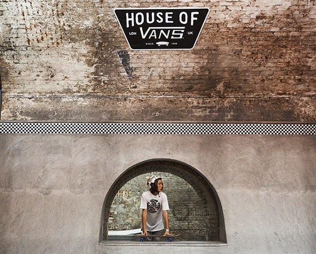 В Лондоне открылся большой скейт-парк The House of Vans. Изображение № 12.