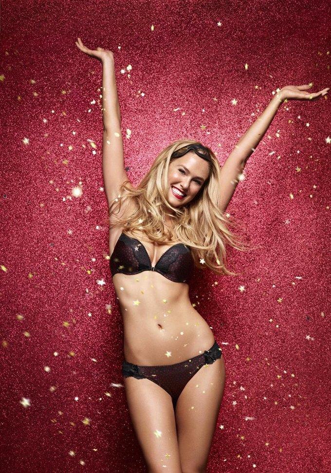 Модель Бар Рафаэли снялась в рекламе белья Passionata. Изображение № 7.