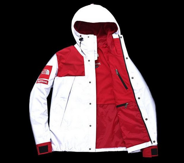 Марки Supreme и The North Face представили совместную коллекцию одежды. Изображение № 6.