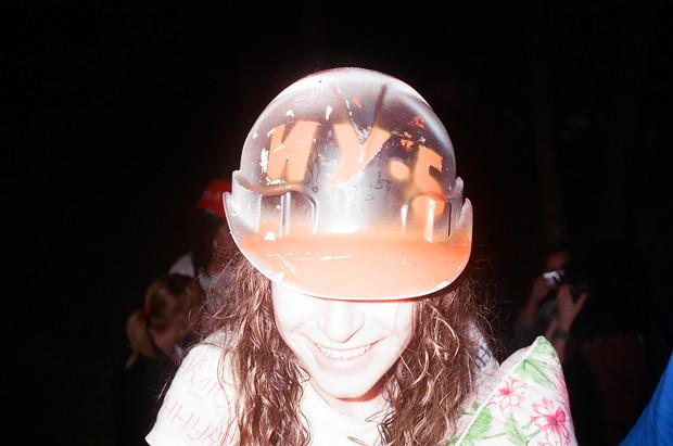 Одна из важных частей подготовки к мероприятию —как следует разукрасить свой шлем. Изображение № 12.