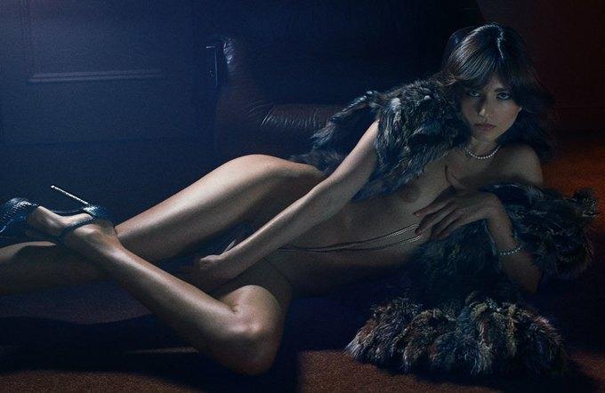 «Ангелы» Victoria's Secret снялись обнажёнными для журнала Interview. Изображение № 4.